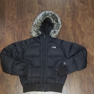 The North Face Black Puffer Coat w faux fur